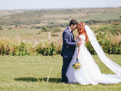 Casamento rústico super romântico de Carol & Caio: de dia e em plena natureza!