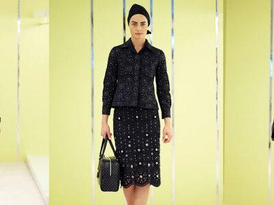 Marc Jacobs Resort 2016: vestidos de fiesta con toques minimal