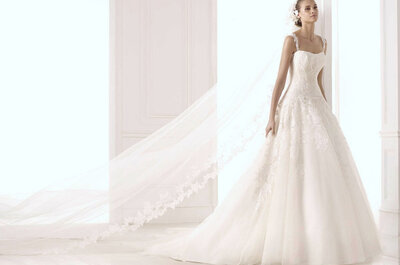 Suknie ślubne z haftem - Pronovias 2015