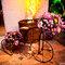 Bicicleta na entrada do salão de festas. Foto: Paulo Heredia
