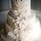 Tarta de bodas con decoración de flores. Foto: Aline Machado