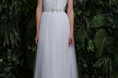 Suknie ślubne z biżuterią