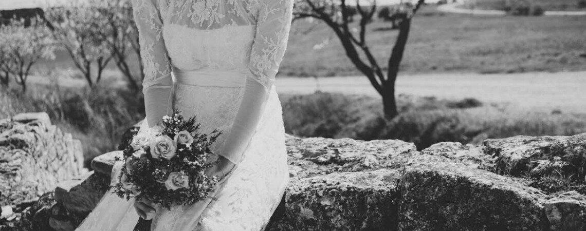 Welches Brautkleid soll ich anziehen? Teresa teilt ihre persönliche Suche auf Youtube!