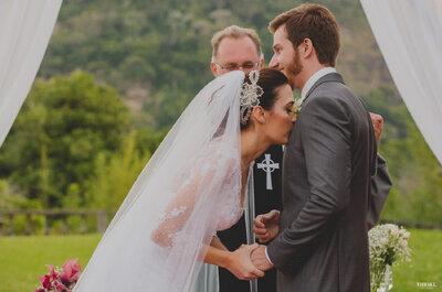 Alyne e Eduardo: festa de casamento ao ar livre em um lugar mágico!
