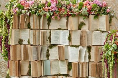 Vintage Books: How to Use them in your Wedding Decor