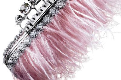 Selección de accesorios para novia en color rosa