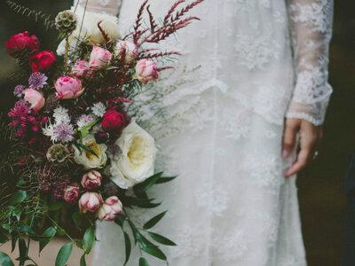 La entrega del ramo de novia. ¿A quién se lo van a regalar? ¡Diversas opciones donde elegir!