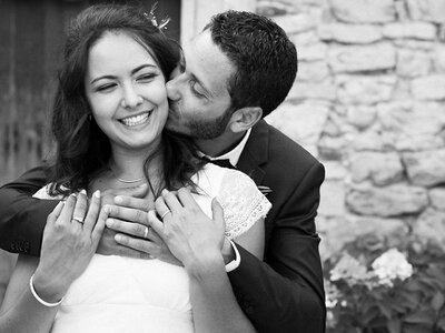 Virginie et Thomas : Le mariage rustique chic de ces amoureux de la simplicité !