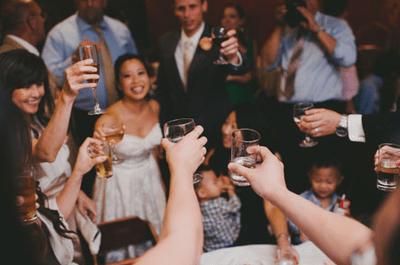 Wie organisiert man einen Sektempfang auf der Hochzeit?