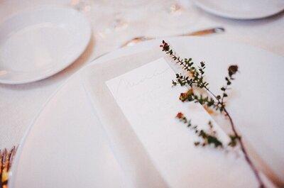 Ideas súper lindas para diseñar los menús personalizados en el banquete de tu boda