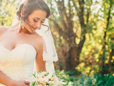 Desfile de vestidos de novia escote corazón, este 2016 luce femenina y muy romántica