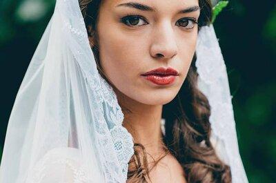 5 modi per arricchire la tua acconciatura da sposa con i fiori freschi