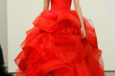 Vestidos de Noiva Vera Wang 2013: vermelho é tendência para noivas