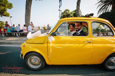 A bordo di una 500 gialla: il matrimonio di Carlotta e Dario