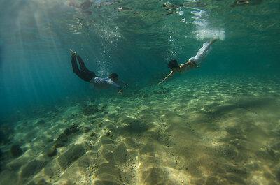 Fotos de casamento muito originais? Underwater love…