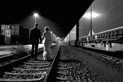 Novios a solas: La belleza de esa historia de amor en escenarios urbanos sensacionales