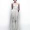 Vestido de novia 2013 con tirantes discretos y falda con detalles de transparencia