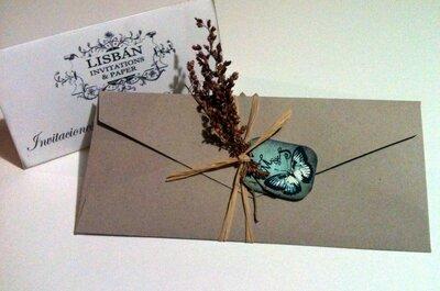 Invitaciones de boda con flores secas
