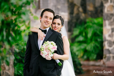 Un día lleno de color: La boda de Karla y Pablo