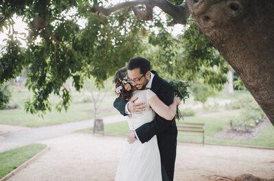 Sencillez y naturalidad en una noche de verano: la boda de Laura y Juan