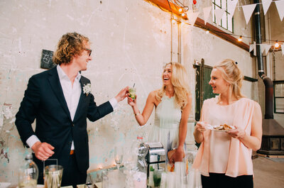 Tips voor de 'plus-one' bruiloftgast! Hoe gedraag je je?