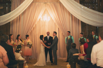 Real Weddings: Blush + dorado en una boda vintage elegante