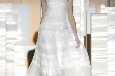 Miquel Suay, l'énigmatique collection de robes de mariée à la Barcelona Bridal Week