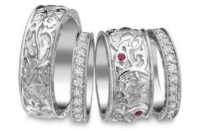 Alianzas y anillos de compromiso de platino. ¿Cuál es tu favorito?