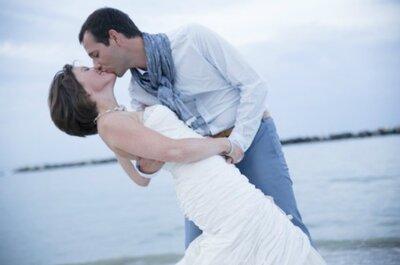 Tiffany e bianco per l'irresistibile matrimonio in spiaggia di Bart e Stephanie