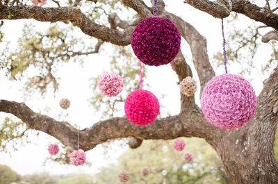 Púrpura, el color que no puede faltar en las bodas 2016: Una ceremonia enigmática