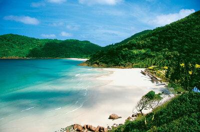 Malaysias Essenz aus Strand, Dschungel und Kultur in Ihren Flitterwochen
