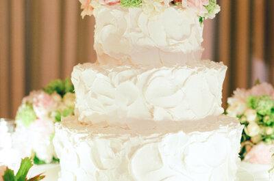 Pasteles de boda decorados con flores: La opción más femenina