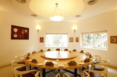 Top 5 wedding banquet halls in Pune