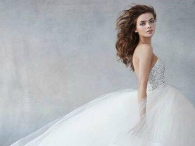 Los vestidos de novia más elegantes para las mujeres mexicanas: Lazaro 2016