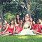 Fotografía de la novia con sus damas de boda