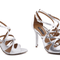 Sandália Transpassada Prata - a cor prata tão procurada em uma versão moderna e linda.