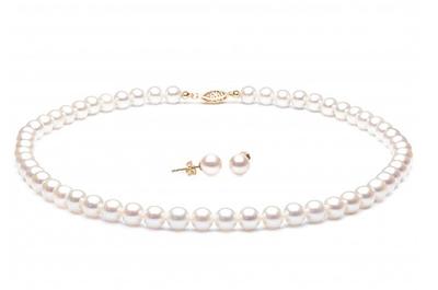 Diamanti o perle, tutti i consigli per i gioielli più adatti alle nozze