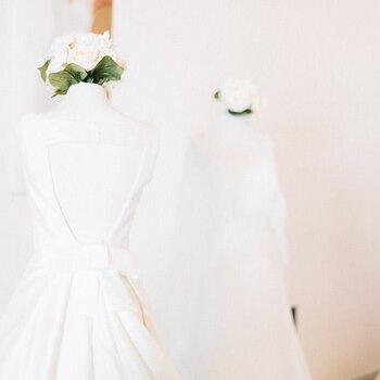 Descubra os vestidos de noiva com laços para 2016. Um encanto!