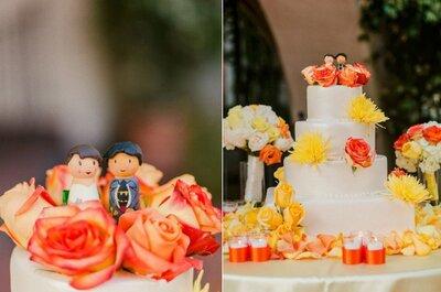 Gâteaux de mariage décorés avec des fleurs