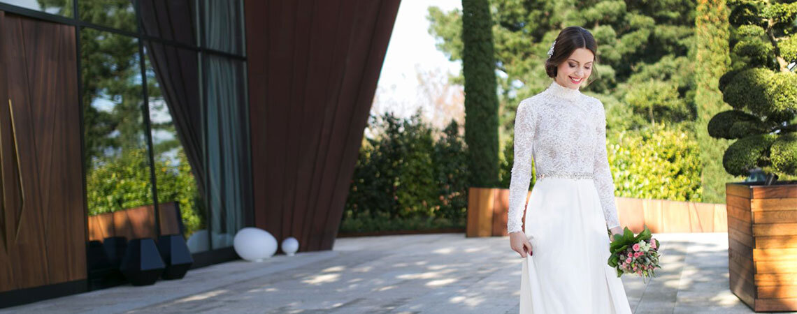 El vestido, el peinado y el maquillaje perfectos para una boda en tierras gallegas