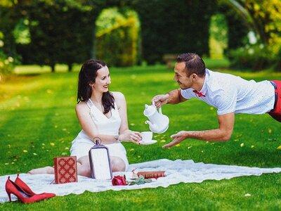 Mélanie et Mehdi : un incroyable mariage sur le thème d'Alice au pays des merveilles