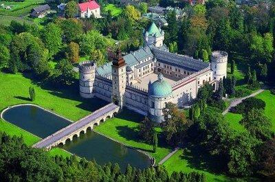 Zamki i pałace – czyli ślub i wesele w iście królewskim stylu