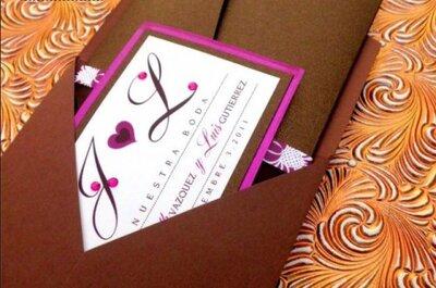 Invitaciones para boda con piedras de bisutería