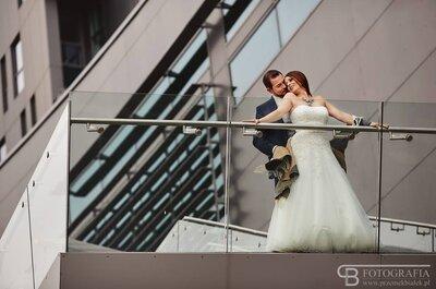 Sesja ślubna wśród szklanych wieżowców i...bezludnej plaży!