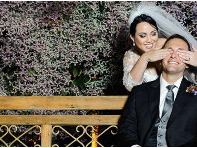 Kátia & Alexandre: casamento rústico lindo em tons de rosa, roxo e azul-marinho!