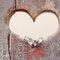 Anillos en un agujero con forma de corazón. Foto: Anne-Kathrin Behnke