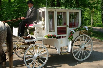 Wie buche ich eine Hochzeitskutsche für meine Hochzeit?