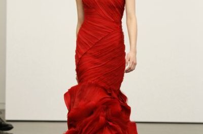 Vera Wang deslumbra con sus vestidos de novia 2013 en color rojo