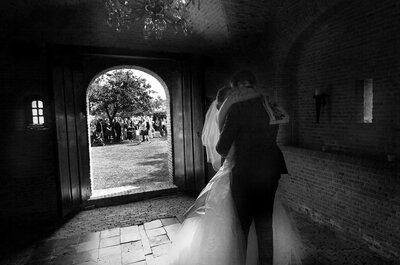 Kussende bruidsparen: de mooiste foto´s om bij weg te zwijmelen!