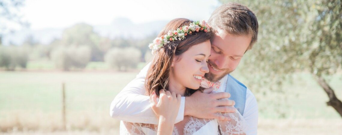 Wedding Coaching® : A New Made-to-Measure Support Service for Couples by Blossom & Co